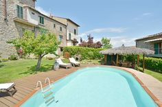 Rental Villa in Tuscany for 10 guests with pool Vacation Villas, Private Pool, Days Out, Siena, Townhouse, Swimming Pools, Outdoor Decor, Products, Swiming Pool