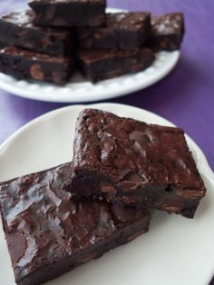 These decadent brownies are low-FODMAP, gluten-free and dairy. But the best part is that they're so easy and can be made in one bowl! They're rich and fudgy and have beautiful shiny tops. If you need a go-to treat on the low-FODMAP diet, this should do it. Click through for the recipe!
