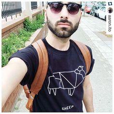 Udrub to work! Beeeeeé... #guy #greek #instalifo #instalike #sunday #dshirt #dshirt14 #sheep #instagood #comment #instalike #italy #menswear #origamianimal #urbanwear #love #fun #origami #etsy #pecora #fashionblogger #fashionstyle #mensfashion #menstyle