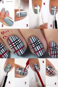 ①ベースカラーを塗ります。 ②~④白で十字になるよう、太目のラインを引いていきます。 ⑤細筆で白のラインをなぞります。 ⑥中心にもラインを入れていきます。 ⑦~⑨残りのスペースに赤でラインを入れ、トップコートを塗って完成!