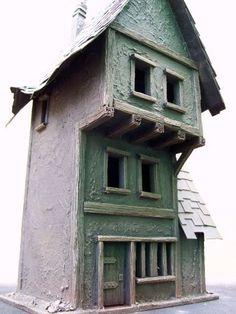Scavenger's Monotonal Empire House...