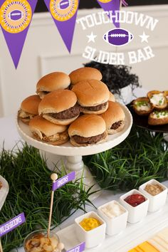 Touchdown Burger Slider Bar for Superbowl #burgerbar #superbowl #partyfood