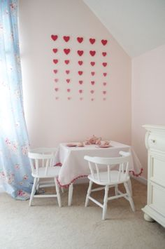 Heart design in a pink big girl room!