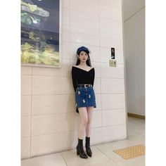 Image may contain: one or more people, people standing and shoes Luna Fashion, Asian Fashion, Daily Fashion, Kpop Outfits, Korean Outfits, Fashion Outfits, Womens Fashion, Clothing Haul, Ootd