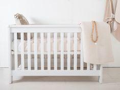 Cabino Babykamer Noel 2-delig prijzen vergelijk je op Vergelijkprijs.nl Bed Rails, Cot Bedding, Wood Species, Types Of Wood, Cribs, Mattress, Furniture, Color, Design