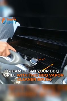 BBQ Vapor Cleaner Brush 😍 The BBQ Vapor Cleaner Brush will clean and sterilize your grill with ease and allow you to prepare healthier, tastier food! Clean Grill, Bbq Grill, Grilling, Diy Cleaning Products, Cleaning Solutions, Cleaning Hacks, Barbacoa, Cooking Gadgets, Kitchen Gadgets