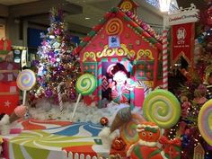 good candy themed christmas decorations on decorations with the centerpieces and table of treats in candyland 18