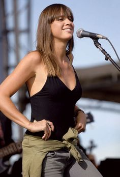 Cat Power (aka Chan Marshall) - emotional singer-songwriter of alternative pop, known for erratic but sometimes brilliant live performances.