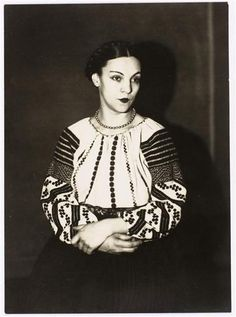 Remarkable blouse and traditional braids. Genica Athanasiou, 1925 by Man Ray Man Ray Photographie, Lagny Sur Marne, City People, Heritage Museum, Wild Style, Portrait Photographers, Portraits, Classic Beauty, British Museum