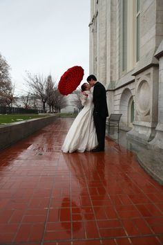 red umbrella & estatic - at last the wedding ... (if you follow my board)