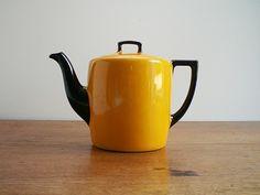 Union T Czechoslovakia teapot.