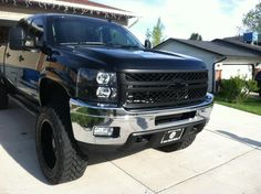 Yummers #chevy #silverado #sexy Chevy Duramax, Chevy Silverado, Future Trucks, New Trucks, Chevrolet 2500, Lifted Chevy Trucks, Chevy Girl, Advocare, Trucks And Girls