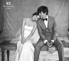 Korean star's wedding photography, cute concept pre wedding photography, playful pre wedding photo, Korean celebrities' wedding photo shoot, Korean star's wedding studio, the third mind studio in Korea, hellomuse wedding