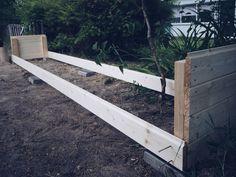 Hur man bygger en planteringslåda Growing Gardens, Growing Plants, Green Garden, Raised Garden Beds, Outdoor Furniture, Outdoor Decor, Garden Projects, Vegetable Garden, Gardening Tips