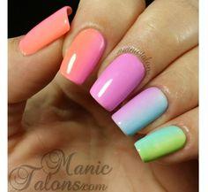 Neonowy manicure ombre - super pomysły na kolorowe paznokcie - Strona 19