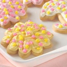 Ingredients  1 pkg. (16.5 oz.) NESTLÉ® TOLL HOUSE® Refrigerated Sugar Cookie Bar Dough, well chilled All-purpose flour 1 cup prepared frosting tinted to desired color or Easy Cookie Icing (Recipe Follows)Read more ›