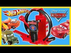 Disney Cars Mack Truck Hauler Carry Case Playset Store 30