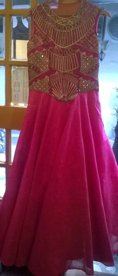 Pink be the #sophisticated of all with #golden  #bridesmaiddress #cocktaildress #indowestern #indian #philicia #traditional #ethnic #pink   comment or message us more more information (no reference picture or re-pin,100%original picture and our own designs)