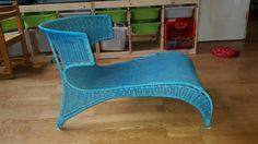 Robuster, wetterfester Sessel aus Kunststoff, daher auch ideal für Balkon oder Garten.49×56×70 cm