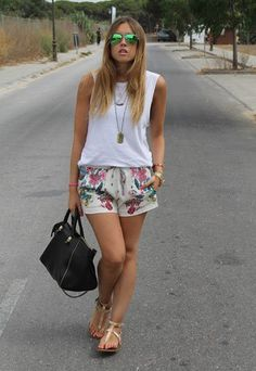 Best Summer Outfits for Women Summer Shorts Outfits, Cool Summer Outfits, Short Outfits, Chic Outfits, Spring Outfits, Fashion Outfits, Sneakers Outfit Casual, Teenage Girl Outfits, Colourful Outfits