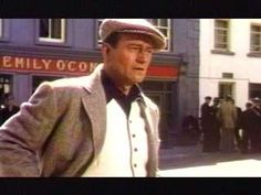 """John Wayne in one of my favorite movies """"The Quiet Man"""" """"Marquest of Queensbury rules! Wayne Family, The Quiet Man, John Wayne Movies, Best Caps, Maureen O'hara, American Legend, Movies Worth Watching, Chuck Norris, Tough Guy"""