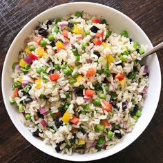 pring ahead with a fresh & colorful CONFETTI RICE SALAD 💥😍☀️. TBH, losing an hour sleep by setting the clock ahead is one of my least Confetti Rice Recipe, Rice Salad Recipes, Types Of Salad, Steamed Asparagus, Summer Pasta Salad, Main Dish Salads, Grilled Vegetables, Veggies, Feeding A Crowd