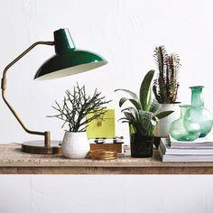 Lampe de bureau en laiton et métal vert colvert Desk House Doctor : Decoclico
