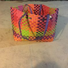 Straw Beach bag Straw beach bag. Used once Excellent condition None Bags