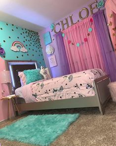 10 Essential Styles for the Perfect Tween Girl Bedroom - Twin Pickle Girls Bedroom Decor Girls Room Design, Kids Bedroom Designs, Girls Bedroom Ideas Paint, Girls Bedroom Purple, Girls Bedroom Decorating, Cool Girl Bedrooms, Girls Bedroom Furniture, Design Room, Cute Room Decor
