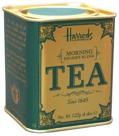 English must have: Breakfast Blend (for information to include reference image) Best Tea Brands, Twinings Tea, Tea Cafe, Royal Tea, Tea And Books, Tea Packaging, Tea Tins, Tea Box, Famous Brands