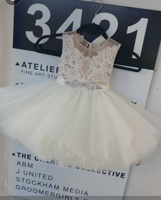 Tulle Flower Girl, Flower Girl Dresses, Unique Dresses, Beautiful Dresses, Tea Length Skirt, When I Get Married, Fairy Dress, Champagne Color, French Lace