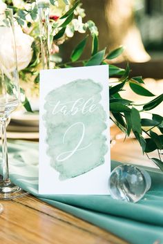 Fresh greenery wedding inspiration I SMM Photography