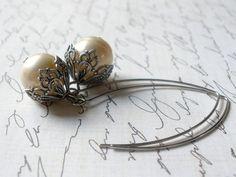 Silver and Pearl Earrings, Vintage Chic Bridal Earrings by bellathebead