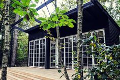Rosemoore Combi Greenhouse/shed Rooftop Terrace Design, Greenhouse Shed, Wooden Greenhouses, Alpine Style, Backyard House, Shed Homes, River House, Tiny House Design, Modern Exterior
