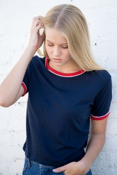 Brandy Melville Nadine No flaws Great condition Brandy Melville Tops Tees - Short Sleeve Tween Fashion, Modest Fashion, Fashion Outfits, Crop Tops For Tweens, Belmont, Material Girls, Rock, Well Dressed, Brandy Melville