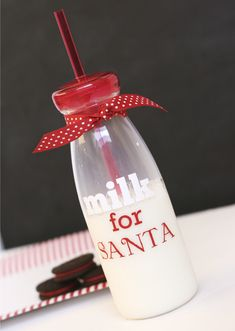 santa-milk-bottle-with-vinyl