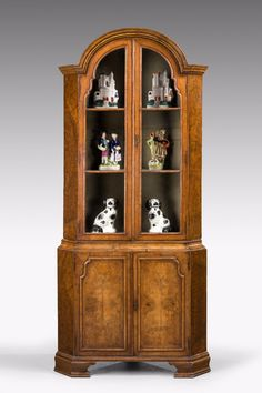 Queen Anne Fine Quality Burr Walnut Display Cabinet Circa 1910 Glass Glazed