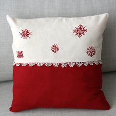 Christmas Pillow Snowflakes Christmas Pillow Red by WISHsupplies, €13.00