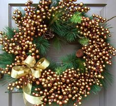 Festive Gold Wreath