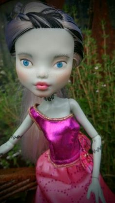shiftDOLL OOAK Bespoke Monster High Frankie Stein repaint upcycled made-under