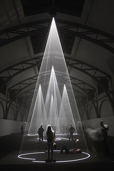Five minutes of Pure Sculpture. Sound and light installation by Anthony McCall.
