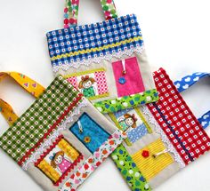 59 Ideas sewing purses and bags little girls Fabric Crafts, Sewing Crafts, Sewing Projects, Fabric Houses, Patchwork Bags, Fabric Bags, Kids Bags, Sewing For Kids, Handmade Bags