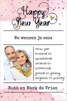 Hippe enkele watercollor nieuwjaarskaart met koperkleurige confetti, hartjes, sterren, ruimte voor een foto en eigen tekst. Geheel zelf aan te passen. Gratis verzending binnen Nederland en België.
