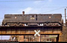 Diesel locomotives of the United States Electric Locomotive, Diesel Locomotive, Steam Locomotive, Railroad History, Pennsylvania Railroad, Railroad Photography, Rail Car, Chicago Photos, Electric Train