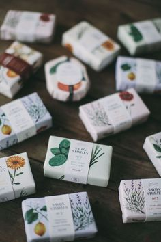 Beautiful organic herbal soap bar with sweet and refreshing lemongrass, ground with a hint of herbaceous basil for an unusual and delightful blend, that will gently exfoliate and eliminate toxins.