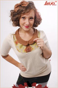 """Tshirts (longsleeved) – Peter Pan collar shirt """"Anette"""" cream B... – a unique product by mydearlove on DaWanda"""