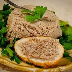 Québec Cretons - Pork Paté @keyingredient #breakfast #sandwich #bacon #pork