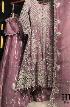 Shadi Dresses, Pakistani Dresses Casual, Indian Fashion Dresses, Pakistani Dress Design, Stylish Gown, Stylish Dress Designs, Stylish Dresses, Wedding Dresses For Girls, Bridal Dresses