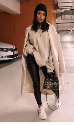 Winter Outfits For Teen Girls, Winter Fashion Outfits, Fall Winter Outfits, Look Fashion, Teen Fashion, Preppy Fashion, Casual Winter, Winter Fashion Street Style, Stylish Winter Outfits
