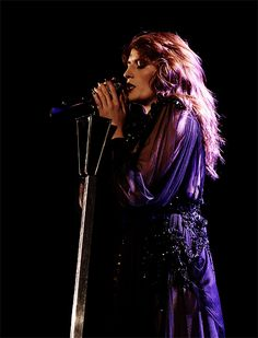 Florence Welch and her purple dress